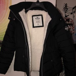 Hollister Sherpa-Lined Puffer Jacket